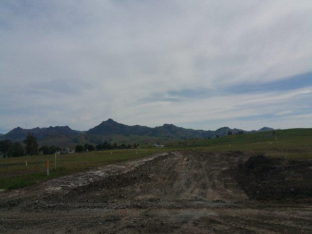 Additional photo for property listing at Santa Ana Valley Road  Hollister, Californie 95023 États-Unis