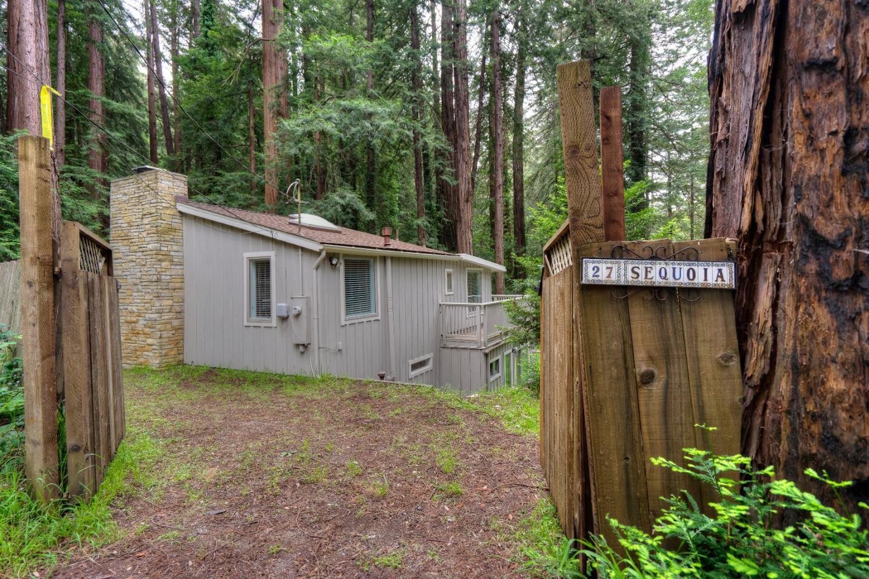 27 Sequoia Drive, LA HONDA, CA 94020