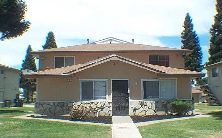 9 La Pera Court, SACRAMENTO, CA 95823