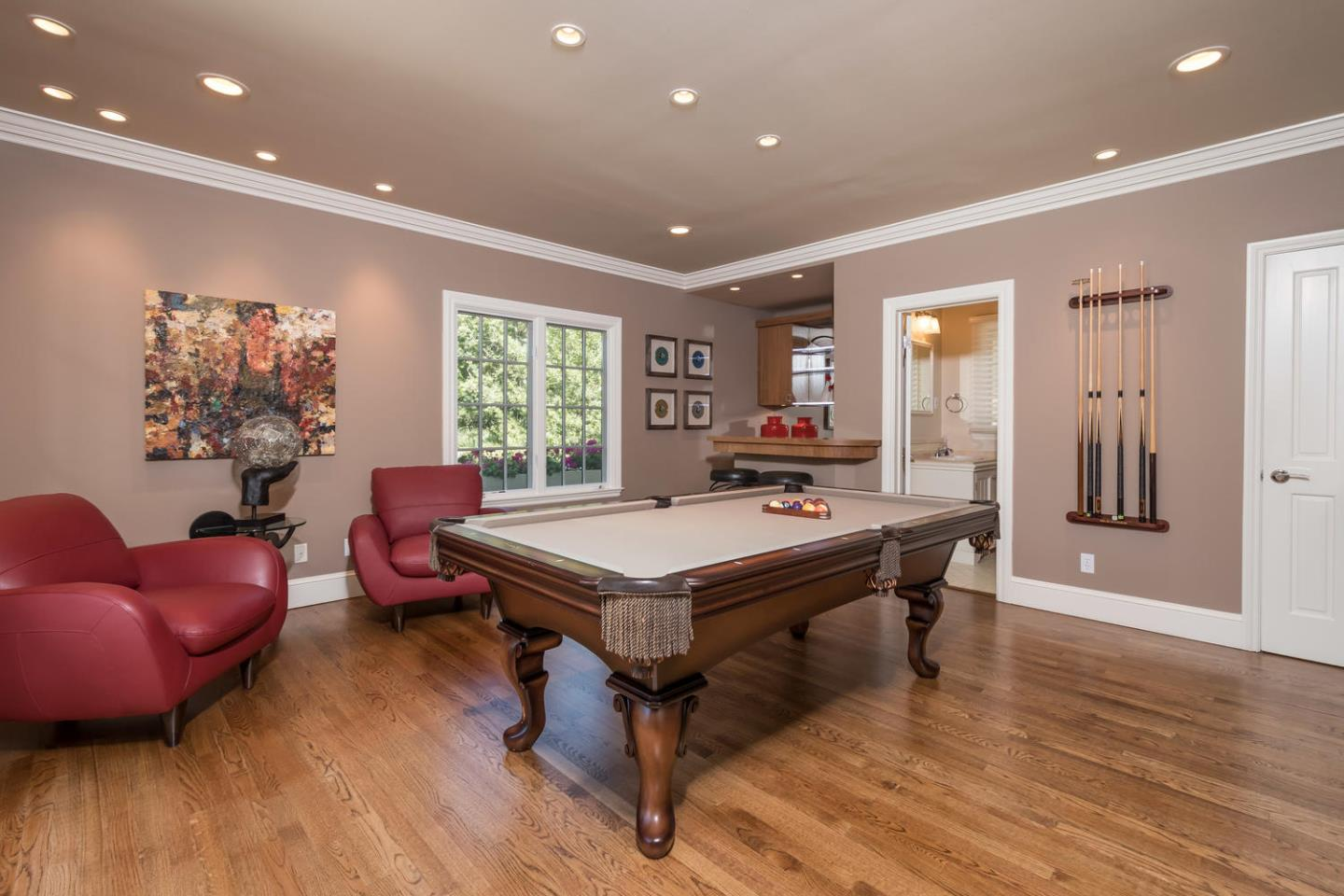 Additional photo for property listing at 2080 Geri Lane  Hillsborough, Californie 94010 États-Unis