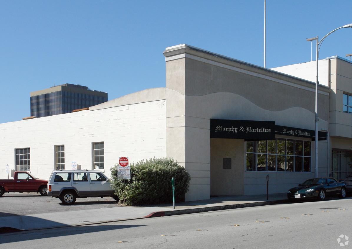 Частный односемейный дом для того Аренда на 48 2nd Avenue San Mateo, Калифорния 94401 Соединенные Штаты