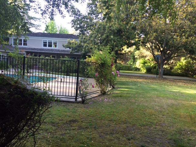 Additional photo for property listing at 98 magnolia  Atherton, California 94027 Estados Unidos