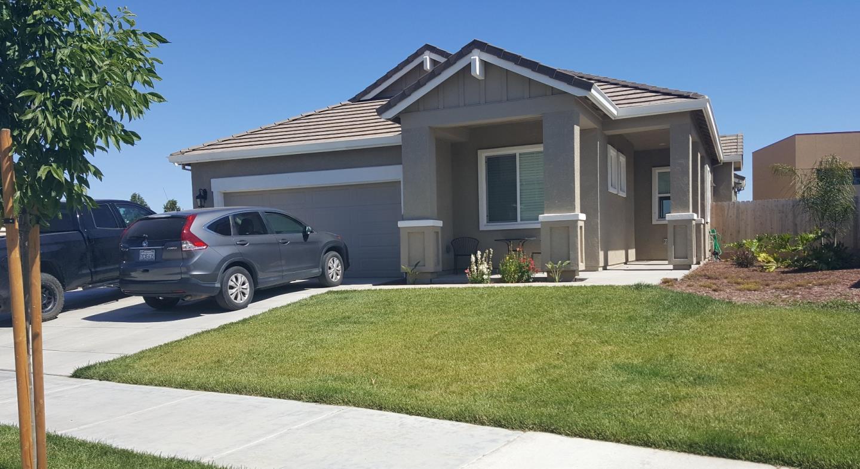 1608 Woodbrush Avenue, LOS BANOS, CA 93635