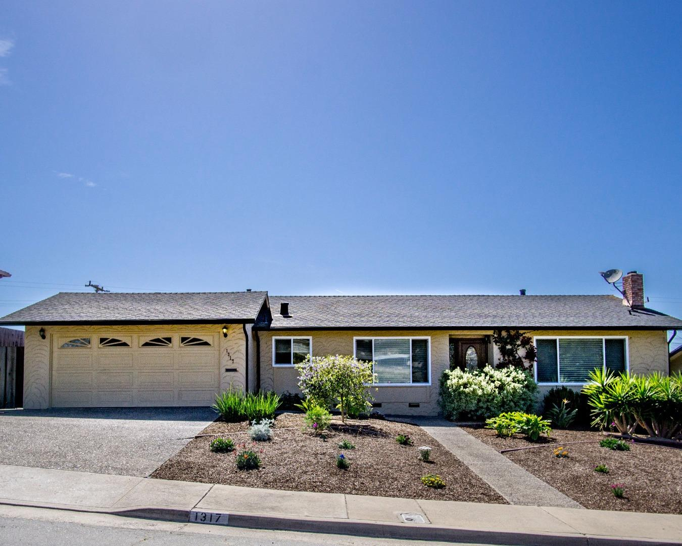 1317 Yosemite Street, SEASIDE, CA 93955