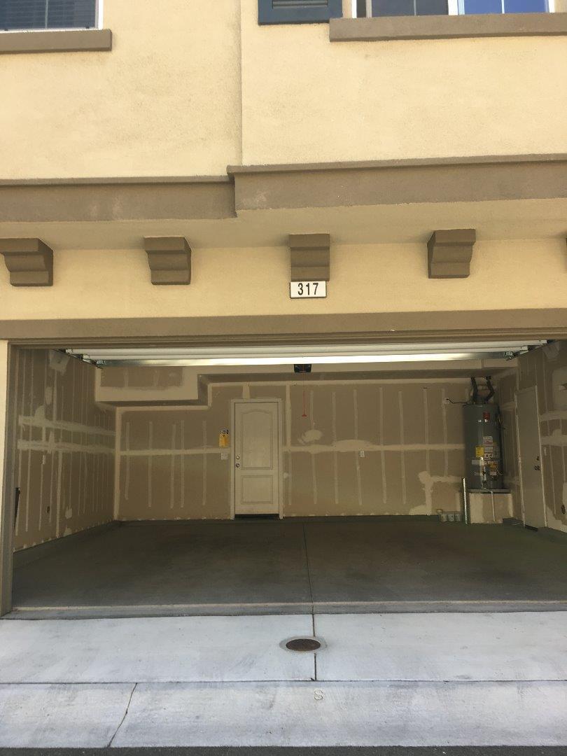 Additional photo for property listing at 317 Victoria Place  Hayward, California 94544 Estados Unidos