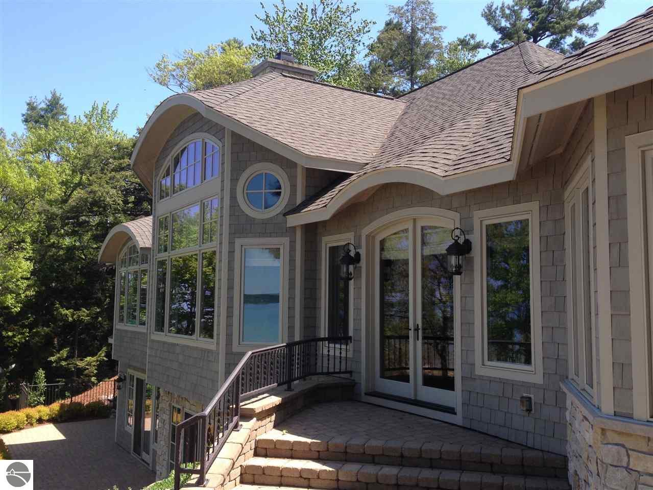 Property for sale at 935 Beautiful Shores, Traverse City,  MI 49686