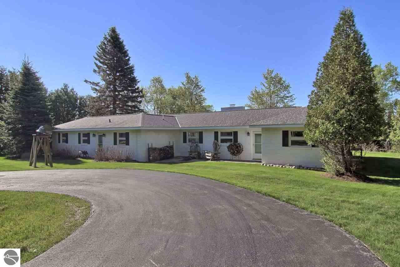 Property for sale at 539 Crystal Drive, Frankfort,  MI 49635