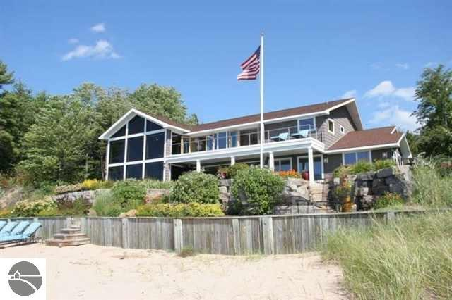 Property for sale at 10105 Kay Ray Road, Williamsburg,  MI 49690