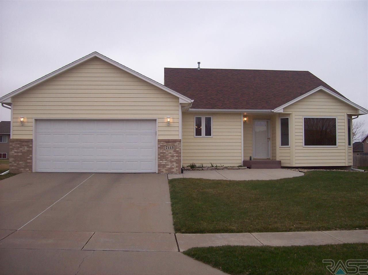 7113 S Connie Ave, SIOUX FALLS, 57108, SD