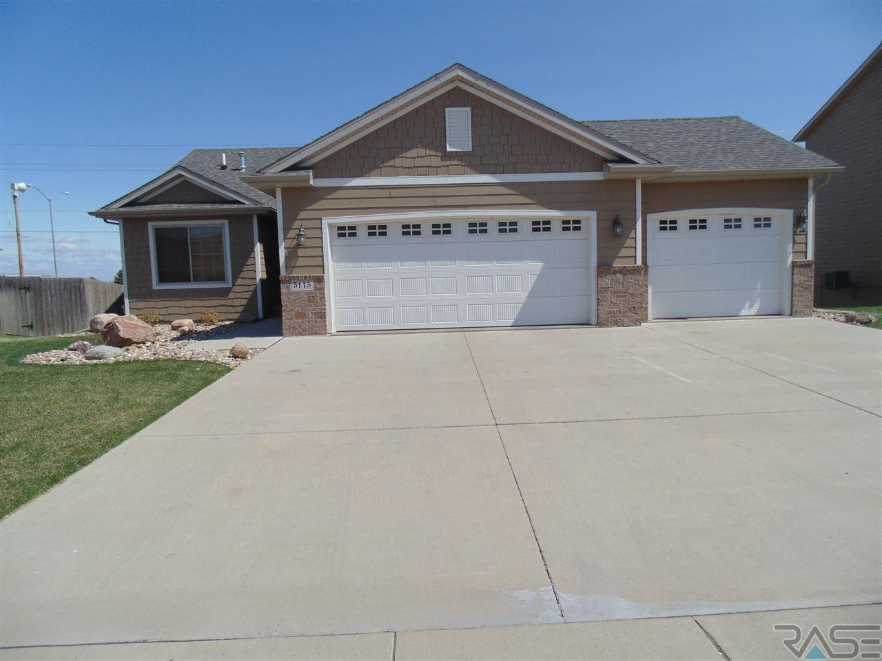 5145 S Manchester Ct, SIOUX FALLS