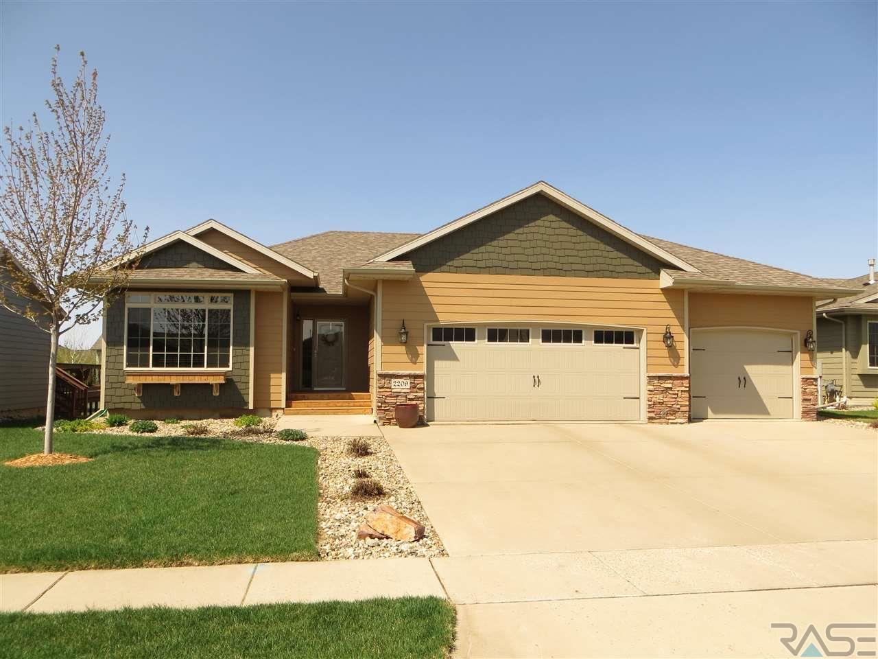 2209 S June Ave, SIOUX FALLS