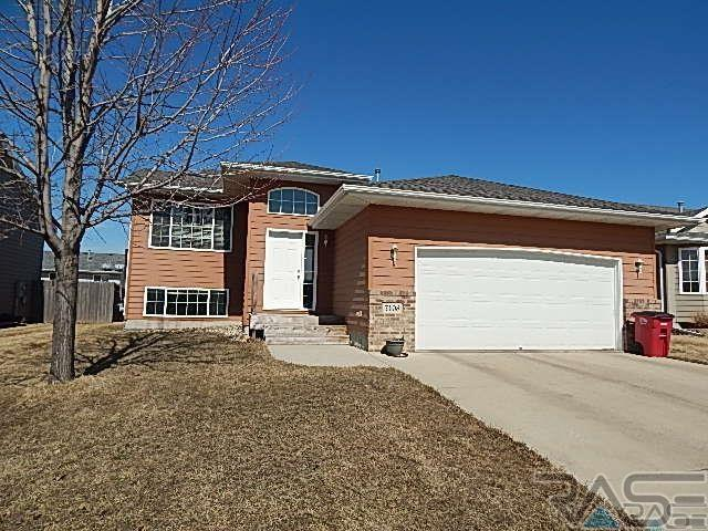 7408 W 52nd St, SIOUX FALLS