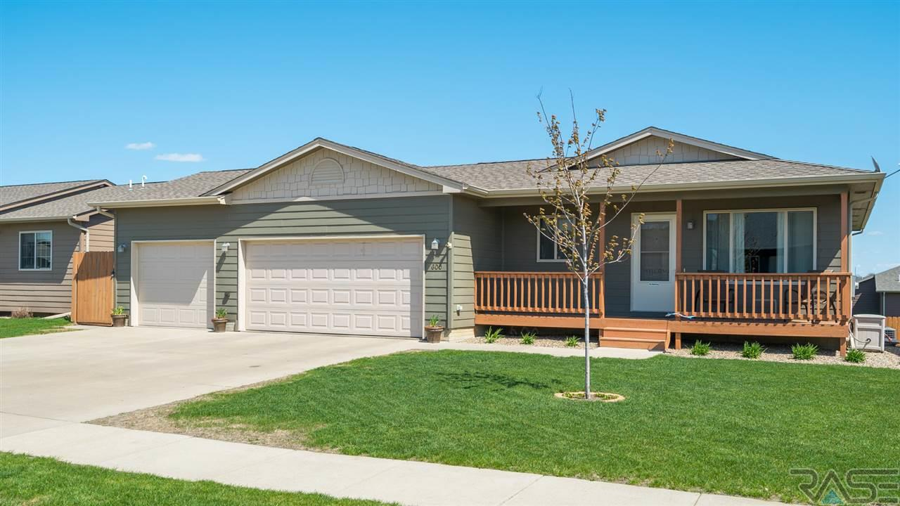 600 S Whitewood Ave, SIOUX FALLS