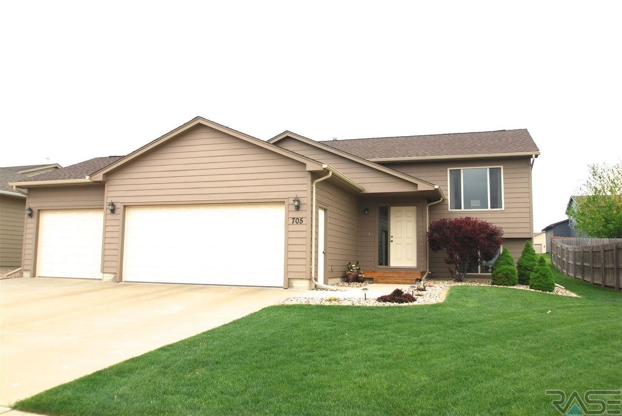 705 S Whitewood Ave, SIOUX FALLS