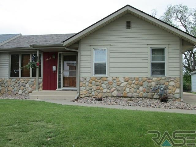2321 S Duluth Ave, SIOUX FALLS