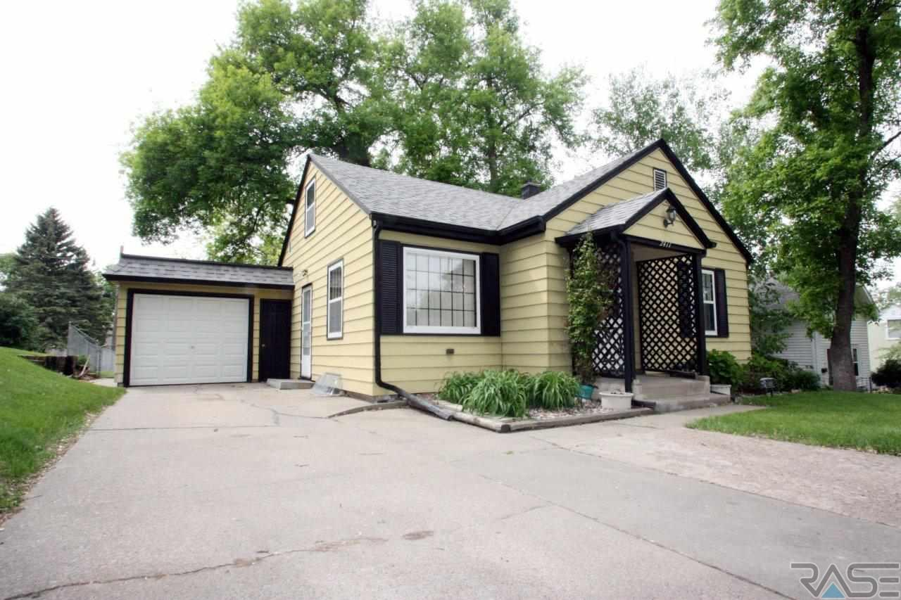 2411 S Phillips Ave, SIOUX FALLS