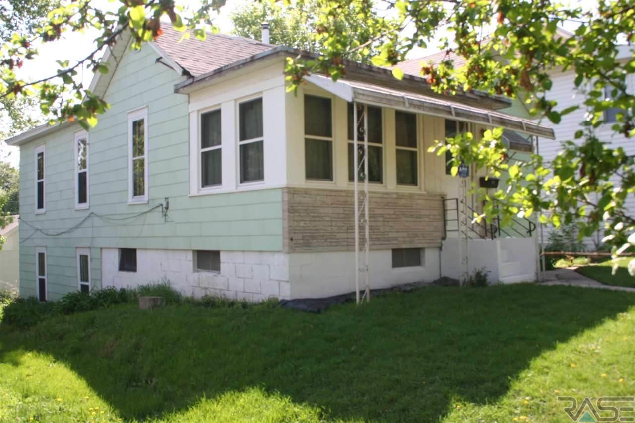 616 S 3rd Ave, SIOUX FALLS