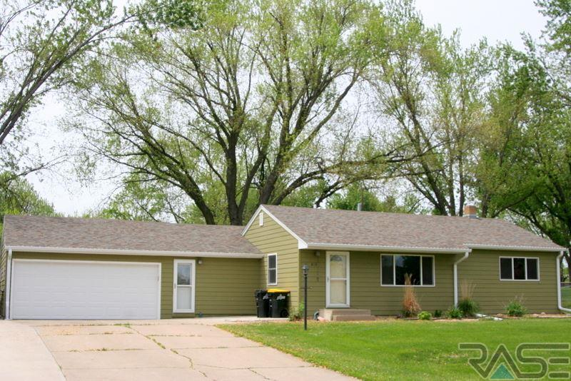 613 S Hillview Rd, SIOUX FALLS