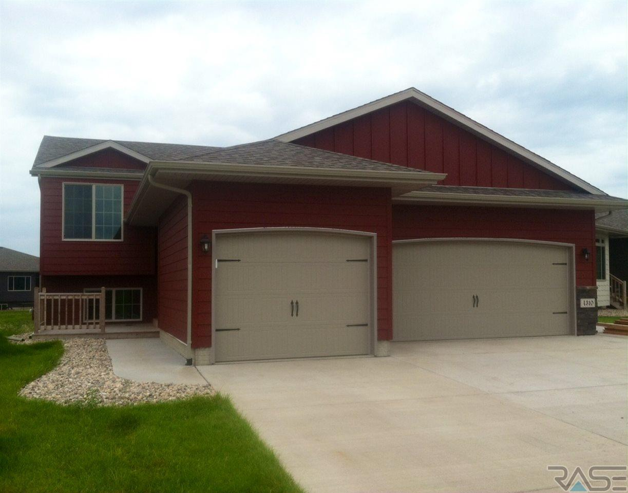 4310 S Tribbey Trl, SIOUX FALLS