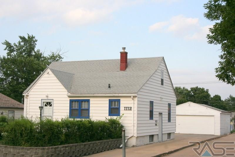 1112 N Spring Ave, SIOUX FALLS