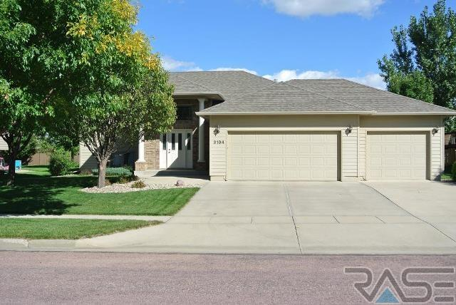 3104 S Alpine Ave, SIOUX FALLS
