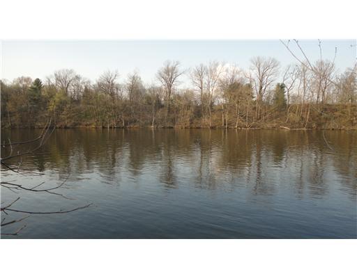 0  River Shores Elkhart, IN 46516
