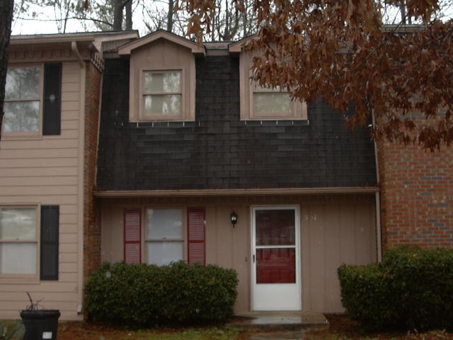 Photo of home for sale at 331 Leafmore Rd, Rome GA