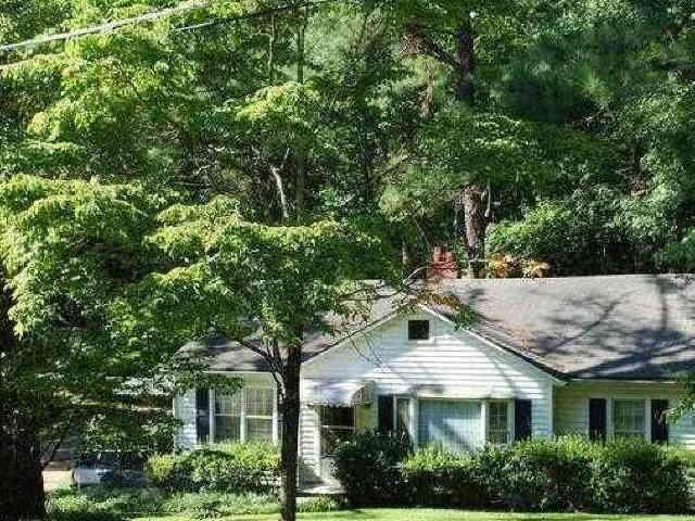 Photo of home for sale at 184 Thompson St, Alpharetta GA
