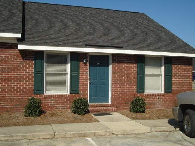 Photo of home for sale at 230 Lanier Dr, Statesboro GA