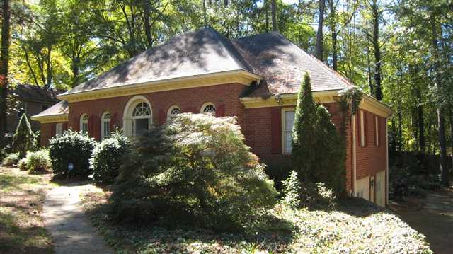 Photo of home for sale at 641 Oak Rd, Lawrenceville GA