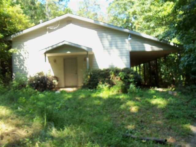 Photo of home for sale at 2542 Victory Dr, Douglasville GA