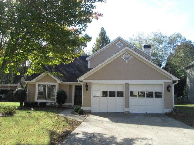 Photo of home for sale at 10645 Victory Gate Dr, Alpharetta GA